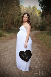 family, baby bump, maternity, photography, Gwent,