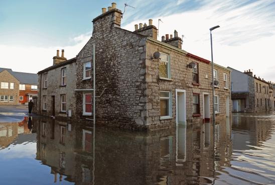 Kendal street flooded in 2015