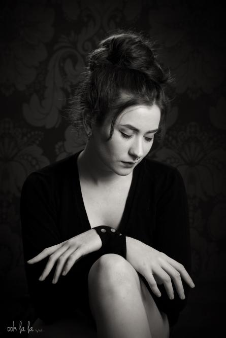 blackandwhite-portrait-studio-beauty-caldicot