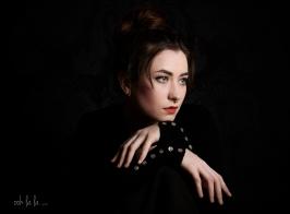 studio-photoshoot-portrait-family-chepstow