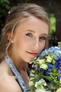 wedding-photographer-caldicot-bridesmaid