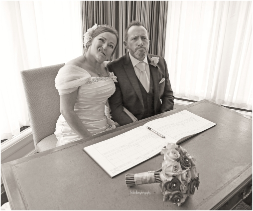 bride-and-groom-funny-faces