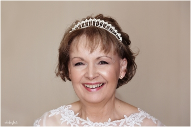head and shoulders portrait of a bride taken by wedding photography Linda Williams of Ooh La La Caldicot
